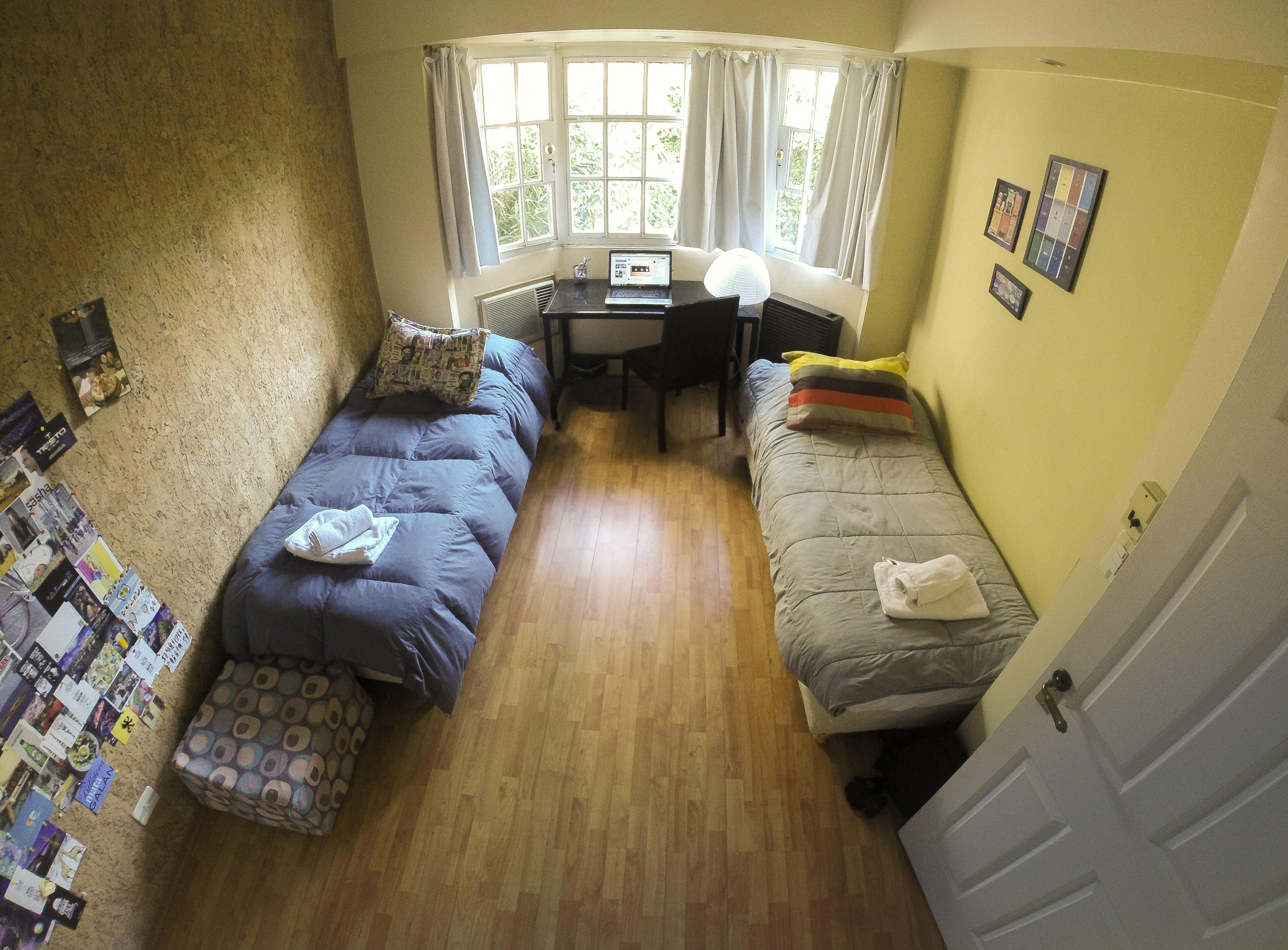 elebaires student house